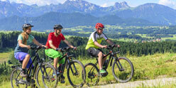 Activities in and around the hotel – E-bikes