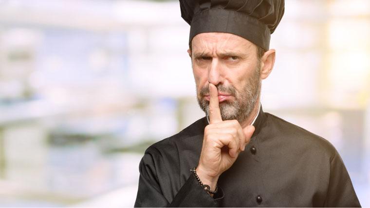 Spitzenkoch verrät Geheimzutat: Spezialzutat für das Rotkraut zum Martinigansl