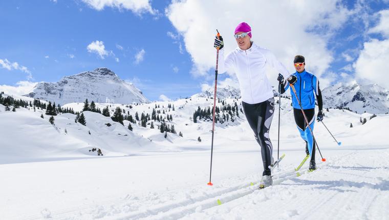 Langlaufen in der Nähe von Innsbruck: Die 2 größten Loipennetze im Überblick
