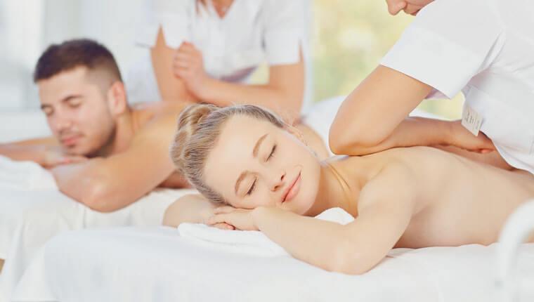 weihnachtsgeschenk-urlaubsgutschein-fuer-zwei-massage