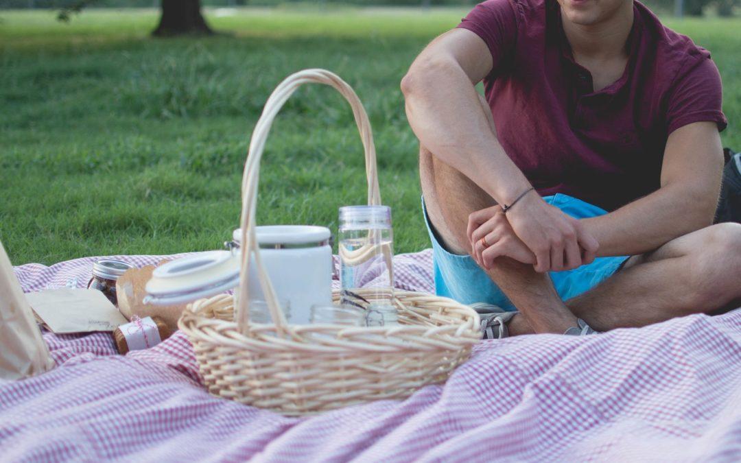 Picknick in der freien Natur mit Speckbachers Picknickkorb!